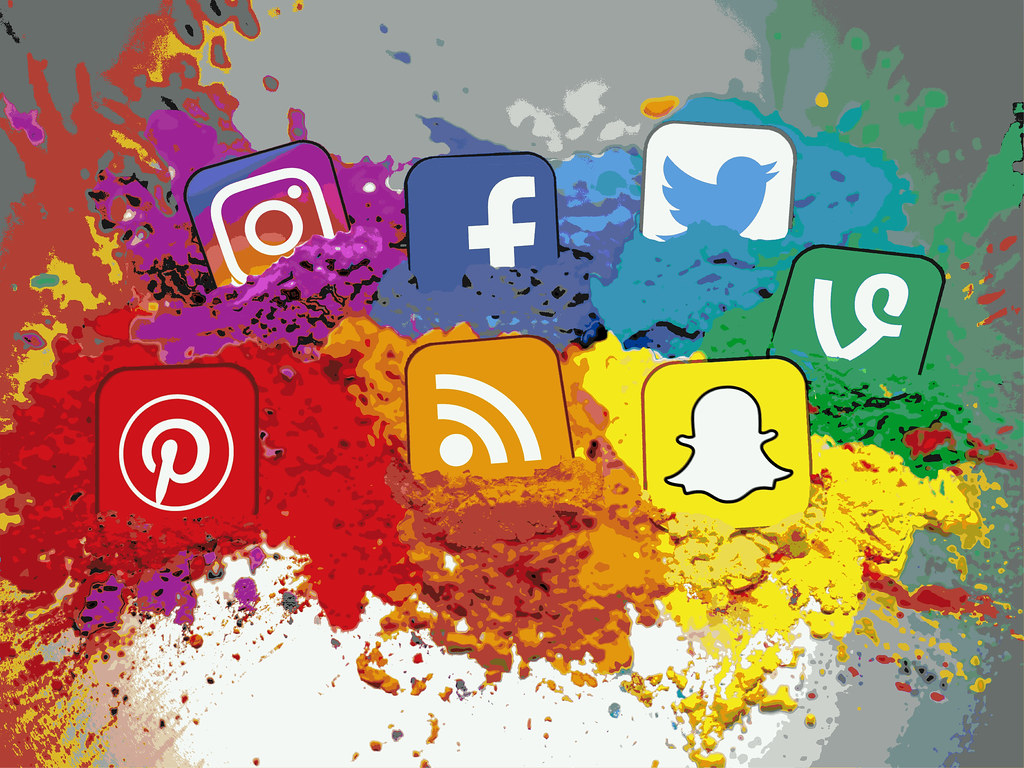 Status Of Social Media In Modern Web Design